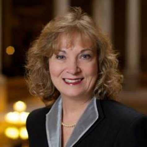 Glenda Ritz Imagines a New Approach to Grades and Testing