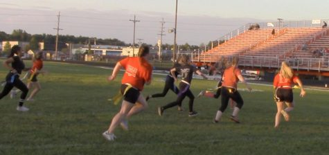 Renewed Annual Powder Puff Football Game Ends in Victory For Underclassmen