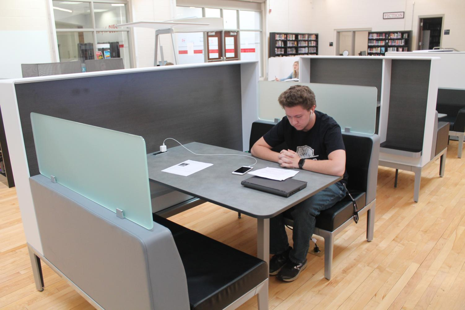 MCHS student Shannahan Gardner studies in the new Learning Commons.