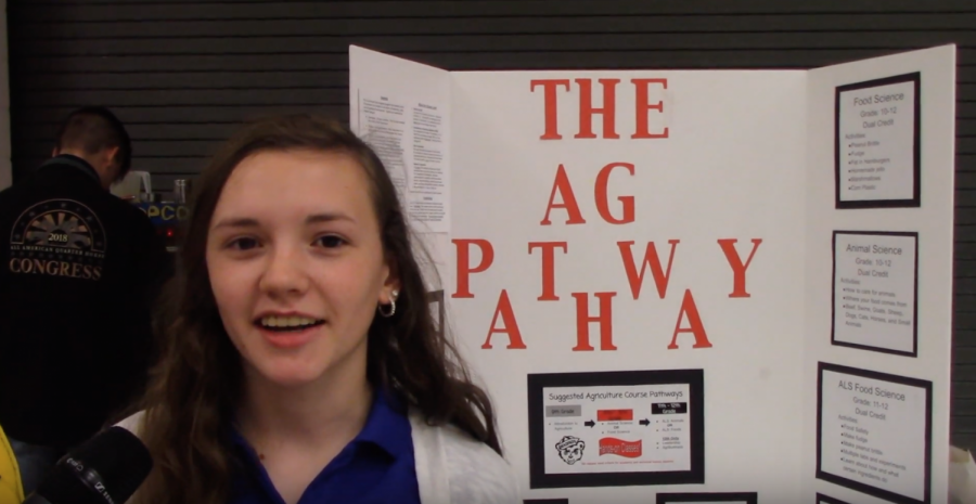 FFA+President+Grace+Marshall+explains+the+FFA+program+details.