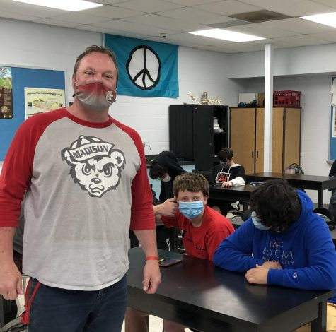 MCHS science teacher Tom Ferry poses with his class.